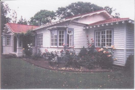 McSherry House, Pahiatua, 1913. Photograph courtesy of Ralph Allan