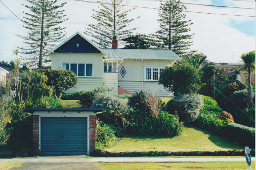 Unknown House, Seabreeze Road, Unknown. Photograph courtesy of Ralph Allan
