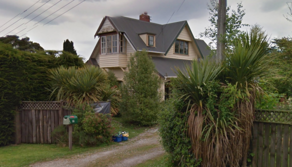 Seta House, Jones Street, Waikouaiti, 1906. Image curtsey of Google Street View, accessed Sept 2015.